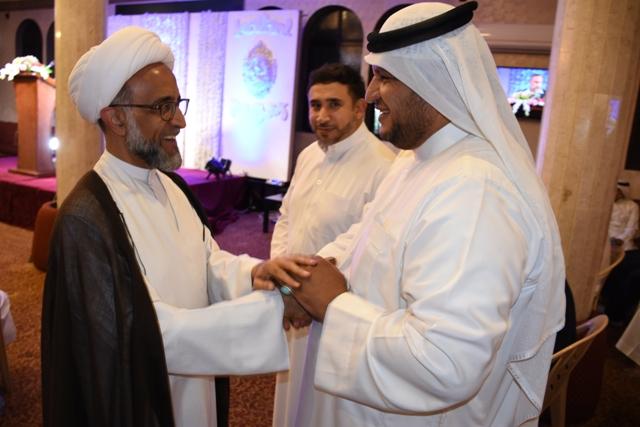 الشيخ مع الشاعر عبدالله القرمزي